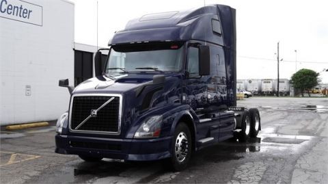 Pre-Owned 1989 VOLVO VNL64T670  6x4